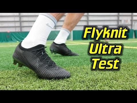 BETTER THAN THE SUPERFLY? - Nike Mercurial Vapor Flyknit Ultra Play Test