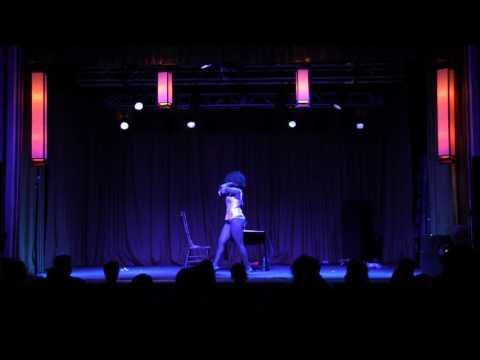 Cleveland Burlesque Academy Grad Vina Negrita