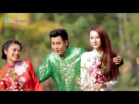 Tết Nguyên Đán - Angela Phương Trinh ft.  Hương Giang Idol - http://amthucvungtau.vn