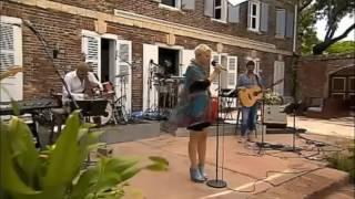 Sys Bjerre synger Lina Rafn - Toppen Af Poppen 2011