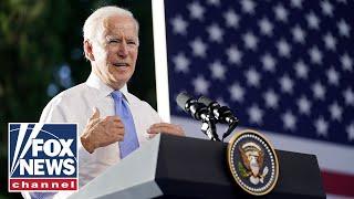 Фото White House Optimistic On Passing Dems' Massive Spending Bill
