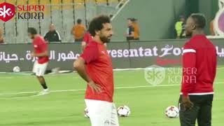 محمد صلاح ونابى كيتا بالأحضان قبل لقاء مصر وغينيا