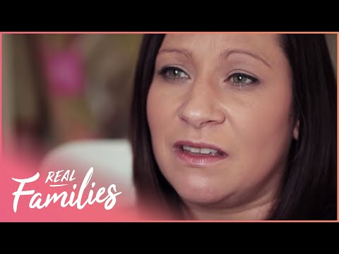 Family Of 16 Go On Supersized Holiday | Big Families | Series 1 Episode 3