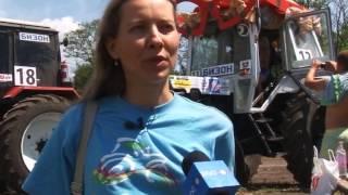 "Женщина на тракторе дала жару на ""Бизон-Трек-Шоу"""