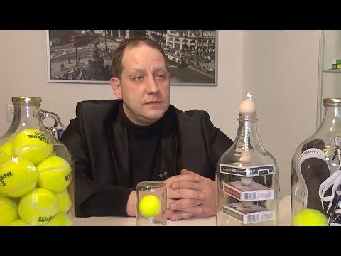 Unmögliche Flaschen Ralf Rudolph Zaubert Gegenstände In Flaschen
