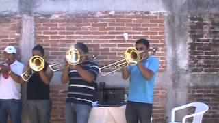 BANDA LA REYNA DE HUAJUAPAN  popurri de cumbias