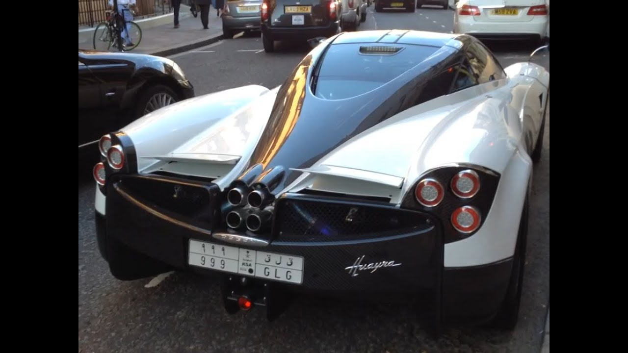 f7d872997146 5 Minutes of Supercar Spotting Outside Harrods - August 2015 (Veyron ...