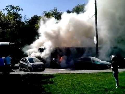Видео: Как в Днепропетровске на набережной горел «Лотсман»
