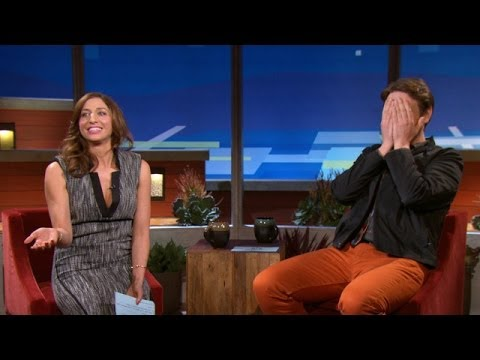 Chelsea Peretti Ponders Sex With