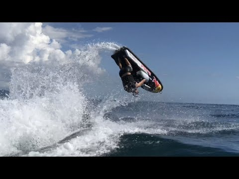 Freestyle and jumps on Jet-ski. Трюки на водном мотоцикле!