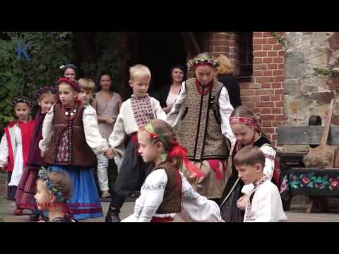 Діти закликають українців єднатися заради миру - #Чернівці