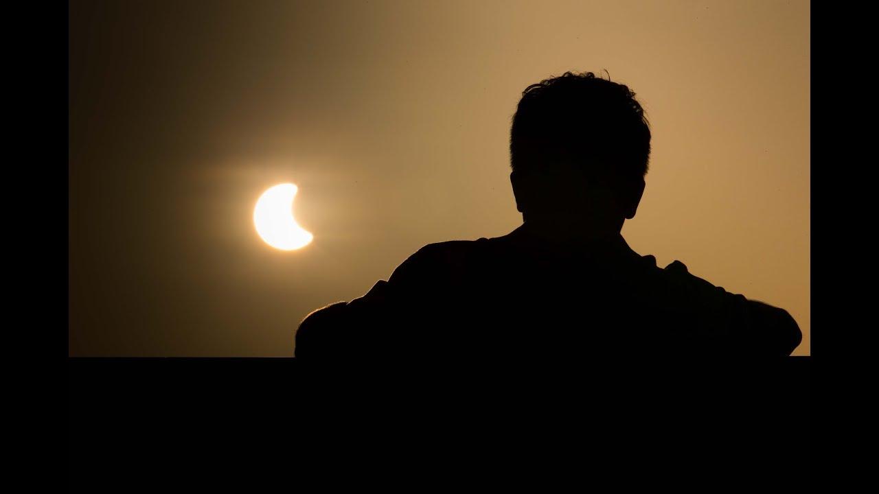 Eclipse encobre 40% do sol em Fortaleza