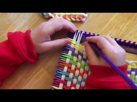 Finishing off kids weaving loom project