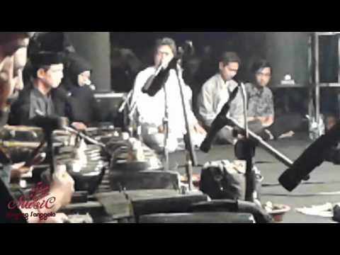 One More Night - Maroon 5 Feat Kiai Kanjeng ( LIVE POLINEMA )