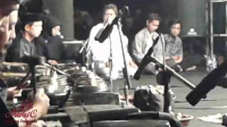 One More Night - Maroon 5 Feat Kiai Kanjeng ( LIVE POLINEMA )