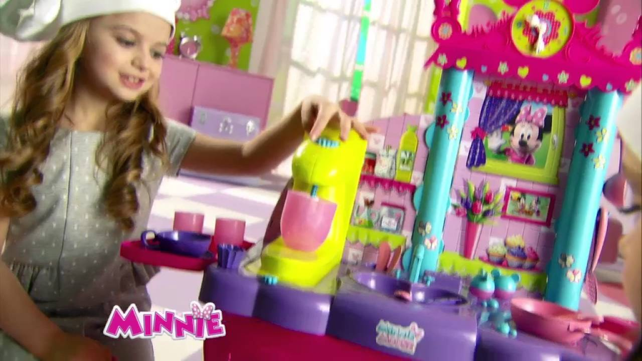 Smyths Toys -Disney Minnie Mouse Kitchen - YouTube