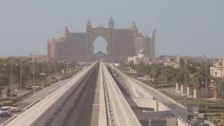 ドバイ ジュメイラ・モノレール Palm Jumeirah Monorail
