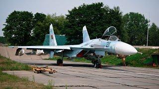 """Rất giỏi đại tu chiến đấu cơ, sao Belarus đã cho Su-27 """"đắp chiếu"""", VN mua được không?"""