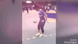 مهارات لعامري نعيمة (المنتخب الوطني الجزائري - سيدات)