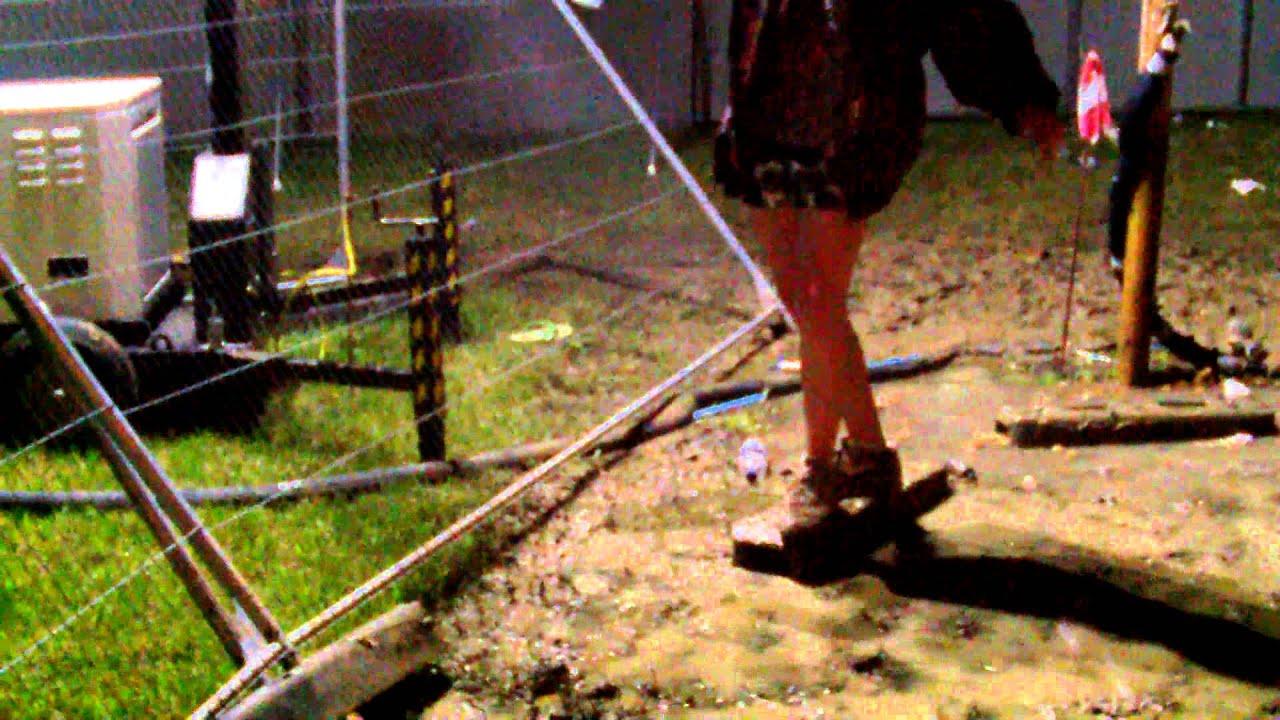 Secret Garden Party 2014. Mud Incident. - YouTube