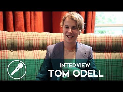 Interview - Tom Odell nous parle de « Wrong Crowd », de ses inspirations et du pouvoir de la musique