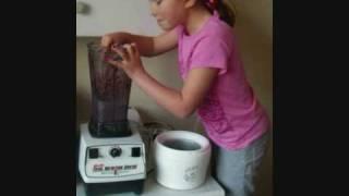 Jana Makes Vegan Cherry Ice Cream