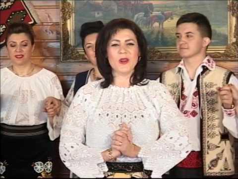 Cristina Tăcină Martin- Fata mamii,mândră floare