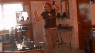 Download Video My mom dancing! MP3 3GP MP4