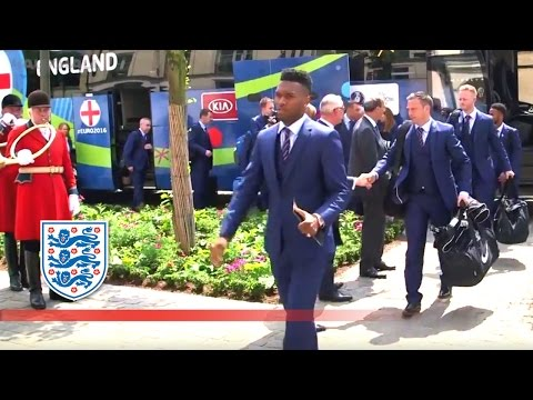 England arrive in France for Euro 2016 | Inside Access