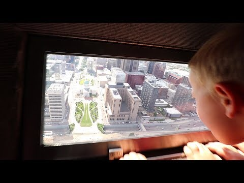 Family Rides Elevator POD to the TOP of the St. Louis Arch