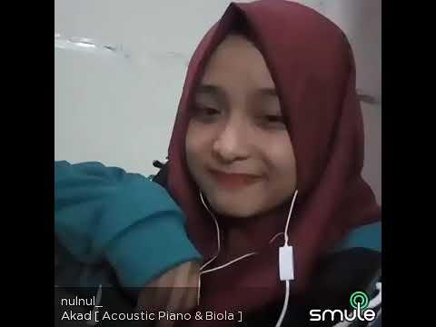 Cewek Cantik suaranya bagus nyanyi lagu Akad - Payung Teduh Cover