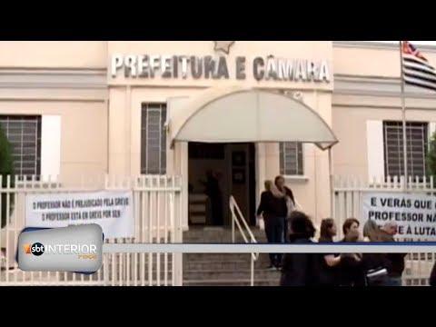 Greve dos professores de Guapiaçu completa uma semana