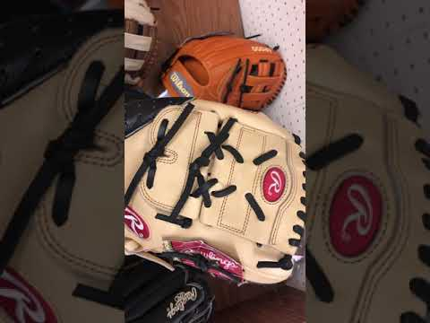 What Size Glove And Type Of Web Should A Baseball And Softball Player Use