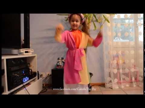 """Camilla ThyThy hát """"Em Đi Chùa Hương"""" & """"Chúc Tết"""""""