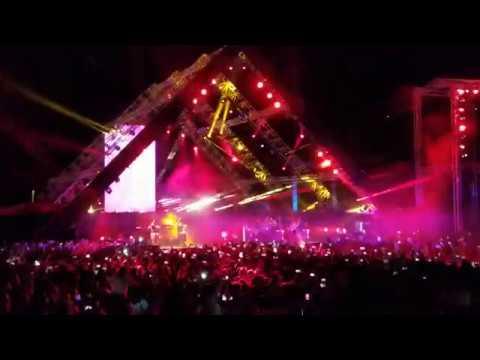 Shakira 2018 - Live in Lebanon at the Cedars - La La La (Dare) / Waka Waka - Full performance