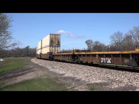 CN C40-8W #2160 leads Q194 at Glendora, Mississippi