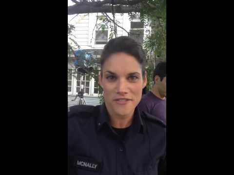 Missy Peregrym † s ALS Icebucket Challenge #ALSIceBucketChallenge