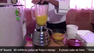 Frappe De Fresa Y Mango Coctelería Chef Vargas México