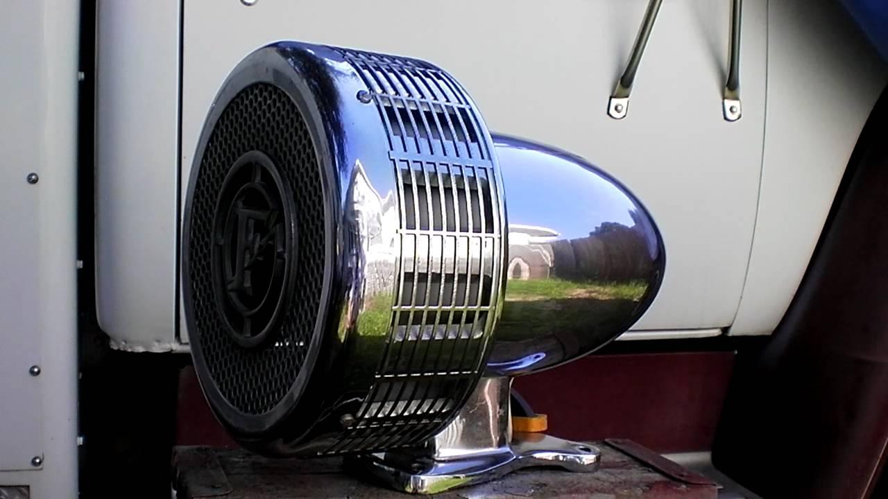 federal signal q2b fire truck siren [ 1280 x 720 Pixel ]