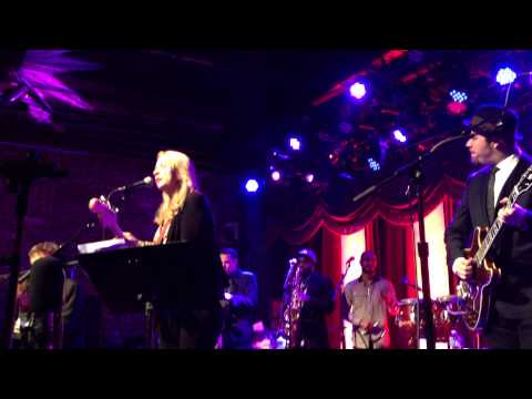 """""""Little By Little"""" Susan Tedeschi w/ Soulive @ The Brooklyn Bowl,NYC 3-19-2014"""