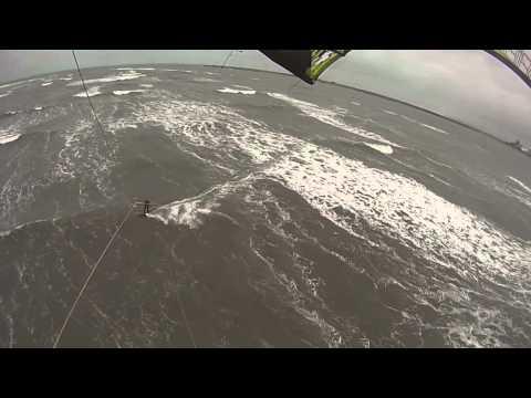 Kitesurfing -  Tees Crossings