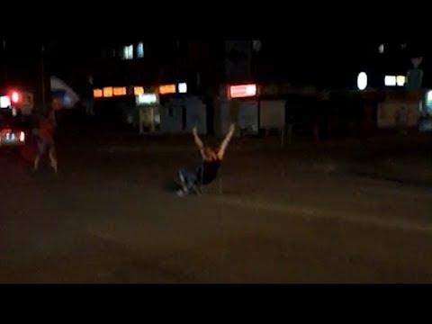 В центре Копейска сбили футбольного болельщика