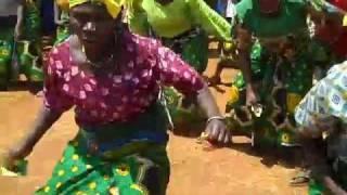 Video Kioda dance (MichuziBlog) download MP3, 3GP, MP4, WEBM, AVI, FLV Oktober 2018