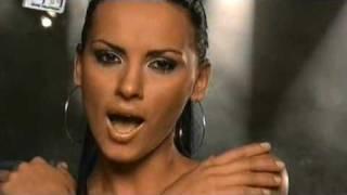 Смотреть клип Lavinia - Doar Eu Sunt Perechea Ta