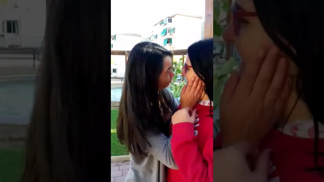 selena gomez rubbing her pussy