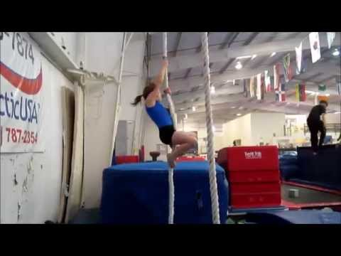Thumbnail: Montage of summer 2011 gymnastics