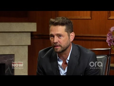 The '90210' co-star Jason Priestley wants to work with again | Larry King Now | Ora.TV