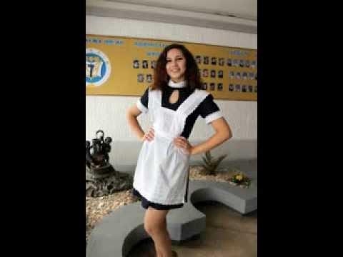 Голая блондиночка в школьном униформе в чулках фото фото 553-976