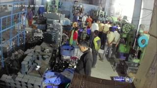 live accident by power press