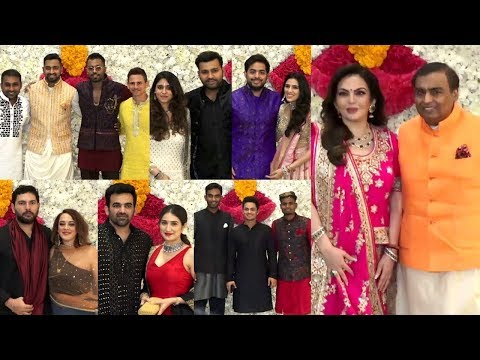 indian-cricketers-with-their-wife-at-mukesh-ambani's-grand-diwali-celebration-2019
